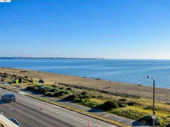 Alameda Crown Memorial State Beach S Line Dr